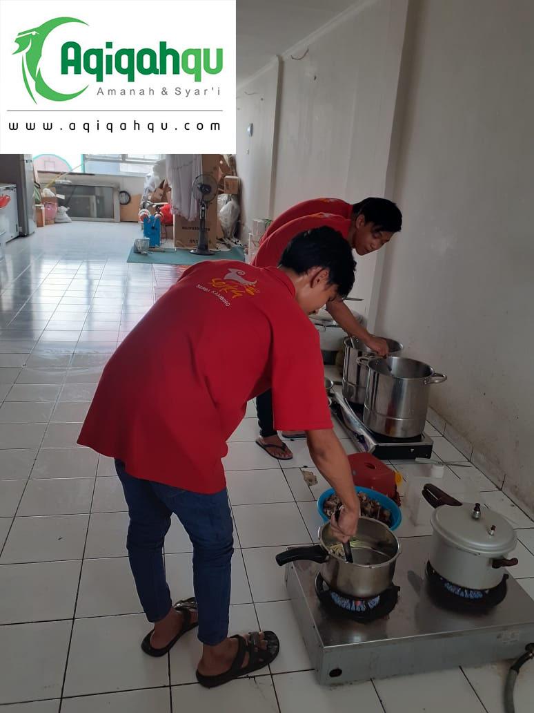 memasak gulai aqiqah